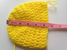 This is a easy baby beanie for your newborn babies, it just take 30mins or even less if u are expert in crochet. If you have trouble in making magic circle I...