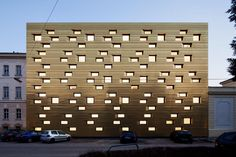 Golden Facade | Architecture Around the World | Architecture | Architect | Design | Modern | Modern Home | home | construction | building | urban spaces | travel | engineering | building | construction | The Loft Brokers