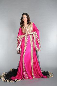 Fame Dubai Home - FameDubai Magazine Arab Fashion, Dubai Fashion, Islamic Clothing, Beautiful Outfits, Beautiful Clothes, Colourful Outfits, Western Wear, Tank Dress, Indian Wear