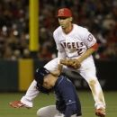 Angels' Simmons will require surgery on thumb (Yahoo Sports)