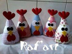 Something I found on another site. Crafts To Sell, Diy And Crafts, Crafts For Kids, Arts And Crafts, Chicken Crafts, Chicken Art, Sewing Art, Sewing Crafts, Fabric Fish