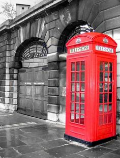 I don't know why, but I have a thing for British phone booths....