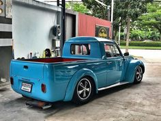 Volkswagen – One Stop Classic Car News & Tips Custom Vw Bug, Custom Trucks, Custom Cars, Auto Volkswagen, Vw T1, Vw Vintage, Vintage Trucks, Classic Trucks, Classic Cars