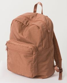 Baggu School Backpack Terracotta - A sturdy backpack for everyday toting. With a front zipper compartment for quick access items. Colorful Backpacks, Cute Backpacks, School Backpacks, Teen Backpacks, Leather Backpacks, Leather Bags, Girly Phone Cases, E 38, Backpack For Teens