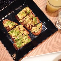 @everydayfoodie Cuisine de Bar London Avocado on toast with chilli and Vegemite