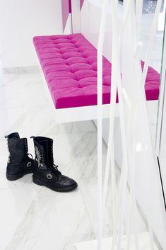 Odważne kolory w przedpokoju radośnie witają gości :)  #wnętrze #pięknewnętrze #wykończenie #design #lifestyle #meblenawymiar #przedpokój #PawMeble #furniture Shoe Rack, Home, Shoe Racks, Ad Home, Homes, Haus, Houses