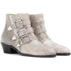 Chloé Susanna Snakeskin Ankle Boots (261845 RSD) ❤ liked on Polyvore featuring shoes, boots, ankle booties, white, white bootie, chloe bootie, bootie boots, snake skin boots and chloe booties