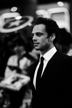 And here we have Bucky in a suit *-*