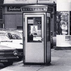 wien, telefonzelle, 1960er Double Photo, Heart Of Europe, Vienna Austria, Salzburg, Old Pictures, Time Travel, Landline Phone, Minimalism, Black And White