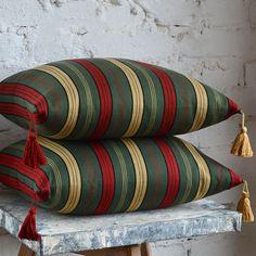 Linneskåpslycka Weaving Projects, Hand Weaving, Carpet, Pillows, Knitting, Crafts, Inspiration, Cushion Covers, Patterns