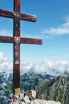 Kriváň - icon of Slovakia for tough cookies High Tatras, Tatra Mountains, Hiking Guide, Nature Aesthetic, Closer To Nature, Best Hikes, Countries Of The World, Weekend Getaways, Nature Photos