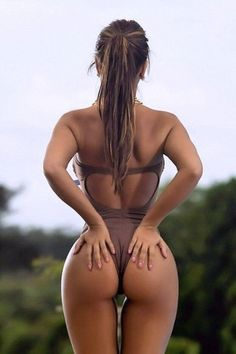 Perfect curves !(Photo Album)-Please check the website for more pics