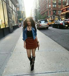 Shraddha Kapoor giving us major style goals from the streets of New York where she is shooting for Half Girlfriend @Bollywood ❤❤❤