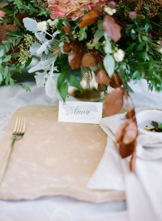 Autumnal Wedding Inspiration in Dallas - Calligraphy by Paperglaze Calligraphy - Florals by Mandy Cathey Events - Styling by Kristal Childs - Photo by Brandi Smyth Photography