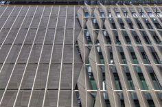 Motorized facade at ThyssenKrupp Headquarter in Essen, Germany by JSWD Architekten and Chaix Associes