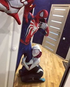 Ajoelhou tem q rezar, Reza a lenda hehehehe Male Cosplay, Cosplay Girls, Cosplay Costumes, Marvel Dc, Marvel Memes, Gwen Stacy, Spiderman Cosplay, Spider Girl, Marvel Wallpaper