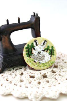 Brooch - Embroidery Brooch - Brooch Pin - Animal Brooch - Bunny Brooch - Rabbit Brooch - Bunny - Vegan and Cruelty Free by My Pretty Babi by MyPrettyBabi on Etsy