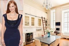 Cooking Lessons - If you've ever wondered where A-listers like Jessica Chastain, Patrick Dempsey and Taylor Swift bring out their inner-chef, you're in luck. We've rounded up the most envy-inducing celebrity kitchens to date. Click through to see our top Celebrity Kitchens, Celebrity Houses, Diy Kitchen, Kitchen Interior, Kitchen Design, Upper Cabinets, Kitchen Photos, Great View, Apartment Living
