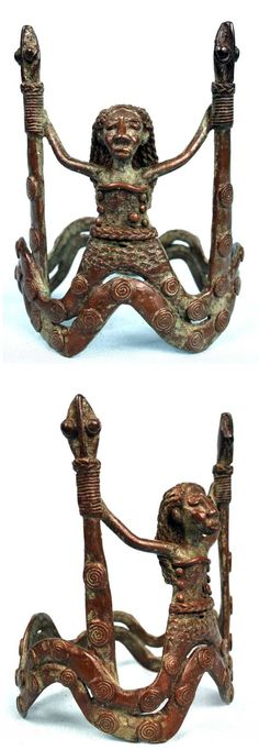 Ivory Coast | Bracelet from the Baoule people; bronze, lost wax casting method. || Motif; Mami Wata and snakes | 168€