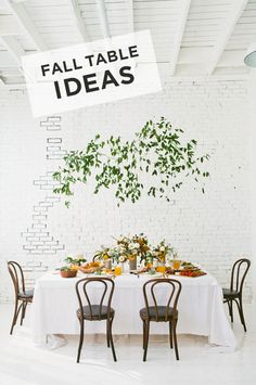 Fall table from Design Love Fest Thanksgiving Decorations, Table Decorations, Thanksgiving Feast, Dining Room Inspiration, Fall Table, Fall Diy, Floral Centerpieces, Autumn Inspiration, Christmas And New Year