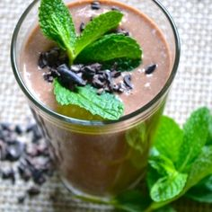 Chocolate Mint Smoothie Mint Smoothie, Smoothies, Mint Chocolate, My Recipes, Heaven, Pudding, Desserts, Food, Smoothie