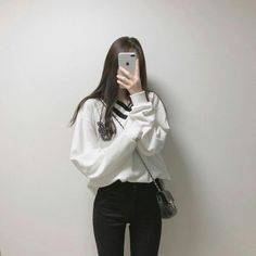 korean fashion soft grunge outfits ulzzang girl kfashion sweater jeans 얼짱 comfy casual clothes spring summer autumn winter school street everyday aesthetic soft minimalistic kawaii cute g e o r g i a n a : c l o t h e s Korean Fashion Winter, Korean Fashion Trends, Korean Street Fashion, Korea Fashion, Winter Fashion Outfits, Kpop Fashion, Korean Girl Fashion, Cute Casual Outfits, Pretty Outfits
