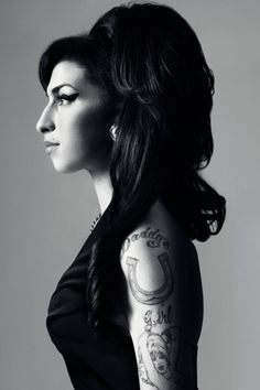 Amy Winehouse..self restricted with alcohol~herion~crack