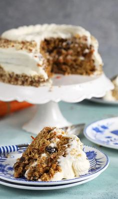 Easy Carrot Cake Recipe with Cream Cheese Frosting - The Suburban Soapbox Easy Carrot Cake, Moist Carrot Cakes, Carrot Cake Cupcakes, Moist Cakes, Cream Cheese Recipes, Cream Cheese Frosting, Just Desserts, Dessert Recipes, Cake Recipes From Scratch