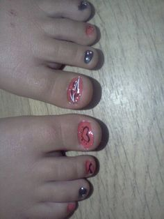 My friends little girls toe nails. She loved them