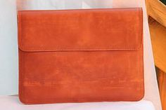 Vintage Handbags - envelope clutch