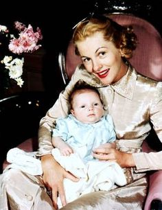 Joan FONTAINE pictures (part 2).
