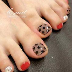 Cute Toe Nails, Cute Toes, Toe Nail Art, Chic Nail Designs, Toe Polish, Brittle Nails, Chic Nails, Feet Nails, Disney Nails