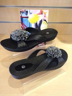 Ladies Black Flip Flops Size 3 4 5 6 7 8 Flower Decorative Piece Slip On Beach