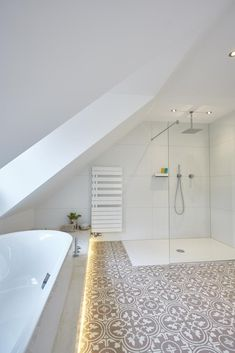 48 Easy Shower Design Ideas For Small Bathroom Architectural Design House Plans, Architecture Design, Home Spa, Small Bathroom, Loft Bathroom, Bathroom Ideas, New Homes, Bathtub, House Design