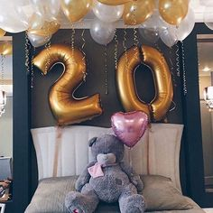 I'm not getting older I'm getting better Happy b-day to me . Birthday Goals, Birthday Photos, Birthday Bash, Birthday Presents, Birthday Celebration, Birthday Wishes, Girl Birthday, Birthday Parties, Fotos Baby Shower