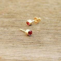 cabochon gold full fine natural earrings f solid ruby lava item cameo citrine