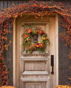 Fall colors mesmerize us every time 🍁🍂Photo: for landscape designer producer… Fall Containers, Harvest Decorations, Autumn Decorating, Tumblr, Gardening, Time Photo, Front Door Decor, Painted Doors, Autumn Inspiration