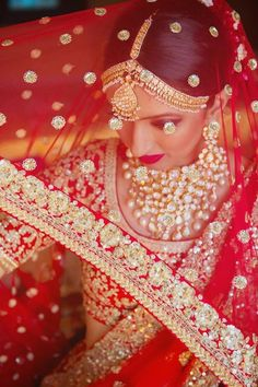 32 Ideas indian bridal photoshoot make up Bridal Dupatta, Indian Bridal Lehenga, Red Lehenga, Lehenga Choli, Saris, Moda India, Bollywood, Punjabi Bride, Bridal Photoshoot