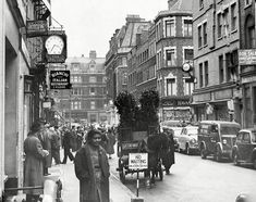 Frith Street in Soho, April Vintage London, Old London, London Food, London Eye, London City, New York Pictures, London Pictures, London Photos, Uk History