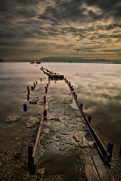 40 Waterscape Photos for Your Inspiration - Photoshop Actions Abstract Photography, Landscape Photography, Color Photography, Places Around The World, Around The Worlds, Beautiful Places To Visit, Landscape Photos, Beautiful Pictures, Bridges