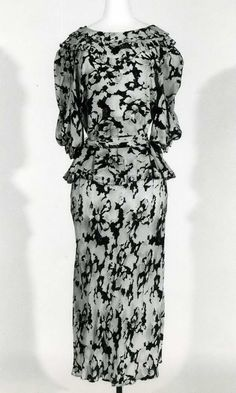 Abito femminile | Identifier 00001475 | Temporal keyword 1934-1935 ca. | Galleria del Costume di Palazzo Pitti