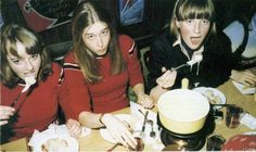 Young Diana Spencer eating lunch with her friend from boarding school. Enjoy RUSHWORLD boards, DIANA PRINCESS OF WALES EXTENSIVE PHOTO ARCHIVE and UNPREDICTABLE WOMEN HAUTE COUTURE. Follow RUSHWORLD! We're on the hunt for everything you'll love!