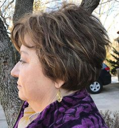 Blonde Pixie Cut - 90 Classy and Simple Short Hairstyles for Women over 50 - The Trending Hairstyle Haircuts For Over 60, Over 60 Hairstyles, Short Bob Hairstyles, Short Hairstyles For Women, Hairstyles Haircuts, Cool Hairstyles, Wedge Hairstyles, Layered Hairstyles, Short Haircut
