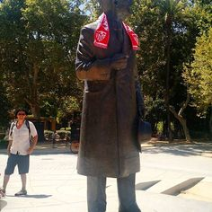 #sfcparis #sevillafc #vamosmisevilla #anibalgonzalez #escultura #estatua #estatuasevillista