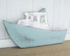wood fishing boat di folkycreations su Etsy