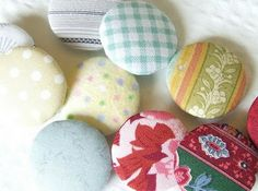 michele made me: Tutorial: Handmade Covered Buttons. No button kit needed!