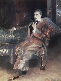 William Gillette as Sherlock Holmes  Gilllette introduced the rather elegant dressing gown that Sherlock wore. Allowing it to define the character as being more suave.