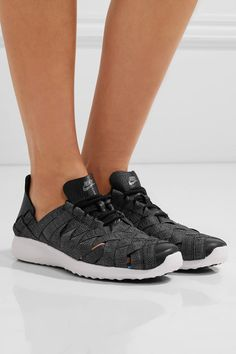 Gray and black stretch-knit Lace-up front Nike follows its own size conversion, therefore the size stated on the box will differ from the one provided in our conversion chart. To receive your correct fit, please refer to Size & Fit notes Imported