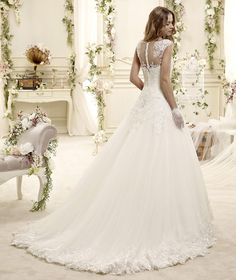 e64a42e24efe Editor s Pick  2015 Colet Collection of Nicole Spose Wedding Dresses   Venčanice Sposa