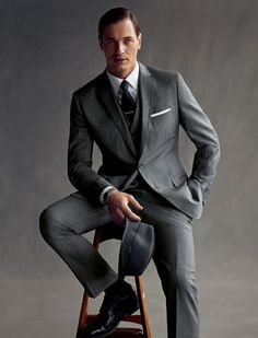 Grey pinstripe suit my style mad men fashion, fashion и mens fashion:cat. Corporate Portrait, Business Portrait, Male Models Poses, Male Poses, Guy Models, Gentleman Mode, Gentleman Style, Dapper Gentleman, Mode Masculine